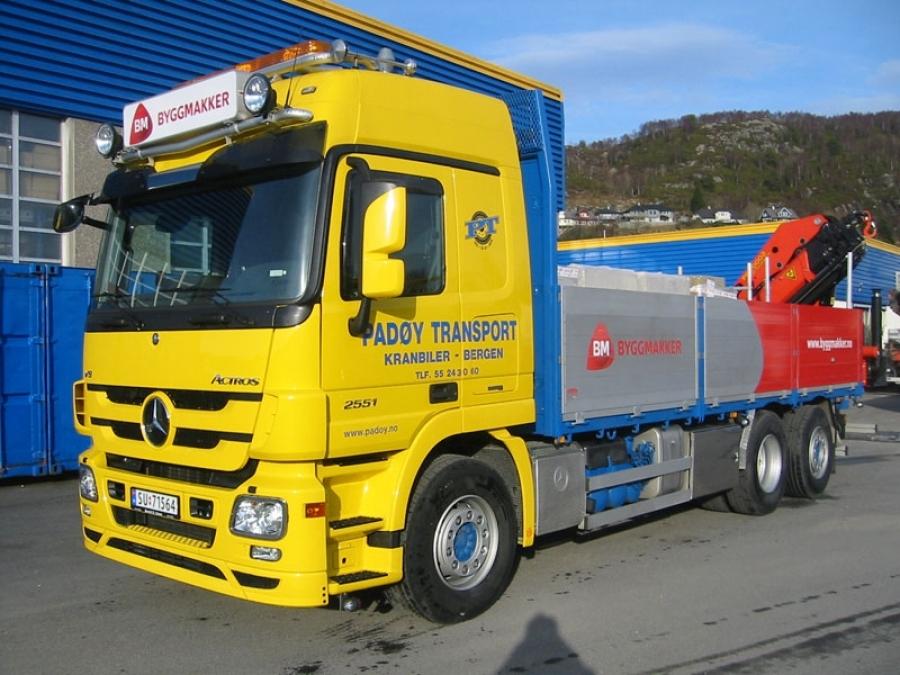 Mercedes 2551L